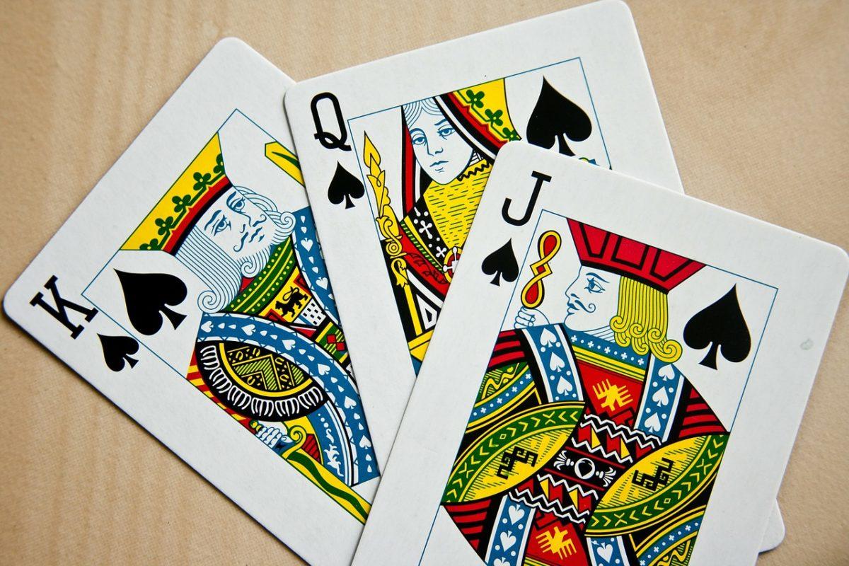 Cara Dasar Bermain Permainan Judi Poker Online